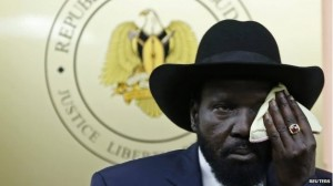 Salva Kiir con cappellone 2