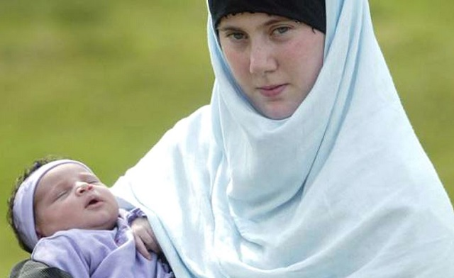 Samantha-Lewthwaite-became-known-as-the-White-Widow-after-the