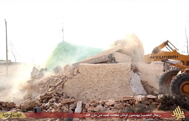 Isis tempio sufi distrutto Libia 2 (Twitter)