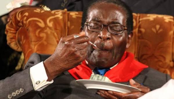 Mugabe-Eating-Cake