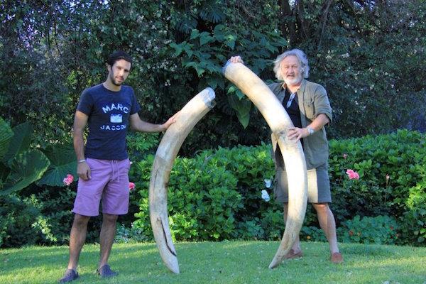 Massimiliano e Claudio Chiarelli in Zimbabwe (foto Repubblica.it)