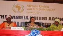 Il Gambia ha organizzato una campagna per rendere illegali i matrimoni dei minori in tutta l'Africa