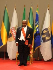 La cerimonia di insediamento di Ali Bongo