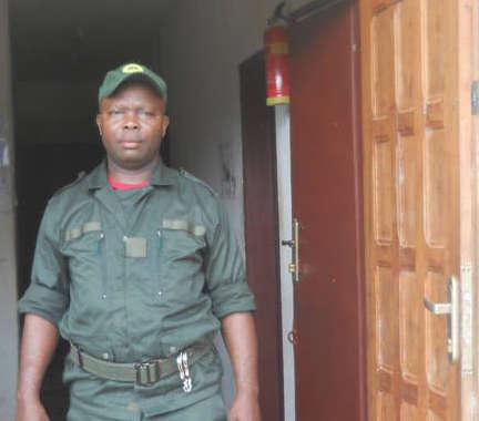 Il guardaparco camerunese Mpaé Désiré accusato di aver picchiato i Baka - Courtesy Survival International