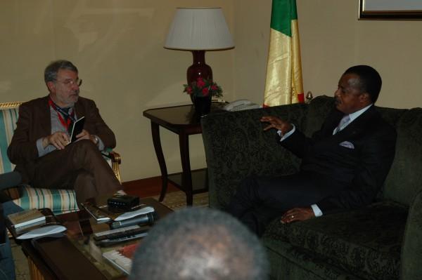 Il presidente del Congo Brazzaville, Denis Sassu Nguesso, durante un'intervista con il direttore di Africa ExPress, Massimo Alberizzi