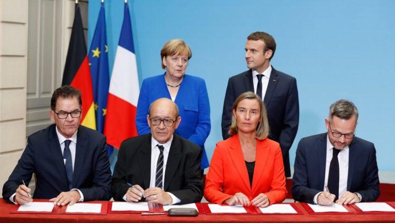 Parigi 13 luglio 2017 Alleanza per il Sahel Angela Merkel, cancelliera tedesca e Emmanuel Macron, presidente francese, in seconda fila Federica Mogherini Alto rappresentante dell'UE, Jean-Yves Le Drian, ministro degli Esteri francese, secondo a sinistra, Sigmar Gabriel, ministro degli Esteri tedesco, a sinistra