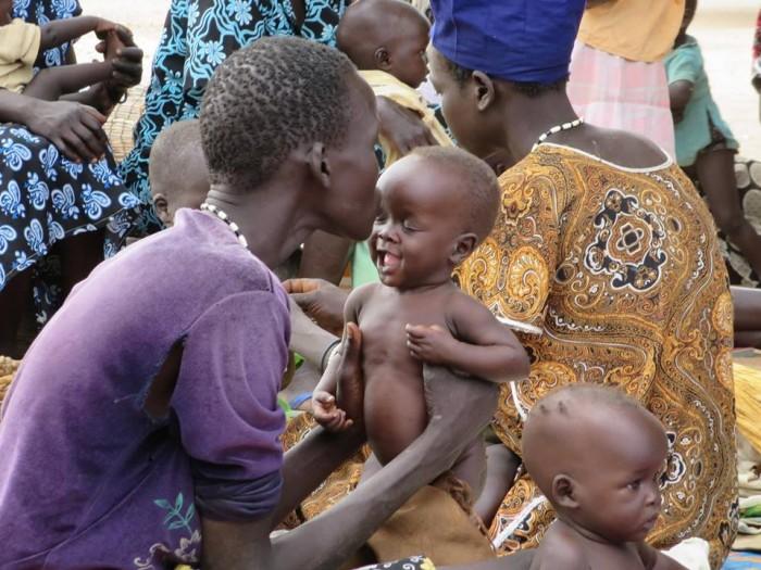 Madre e bimbo sud sudanesi