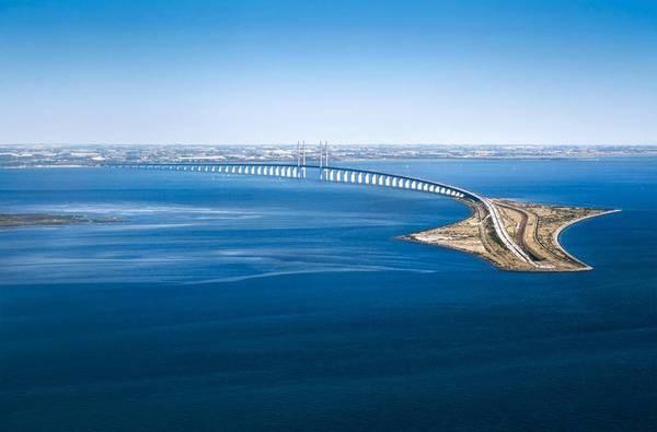 Il disegno della prima campata del ponte che dovrebbe unire la Tunisia alla Sicilia
