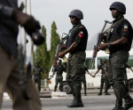 Forze armate nigeriane impegnate in controlli