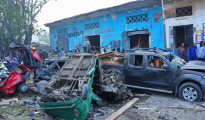 L'hotel Nasahablood devastato dall'esplosione