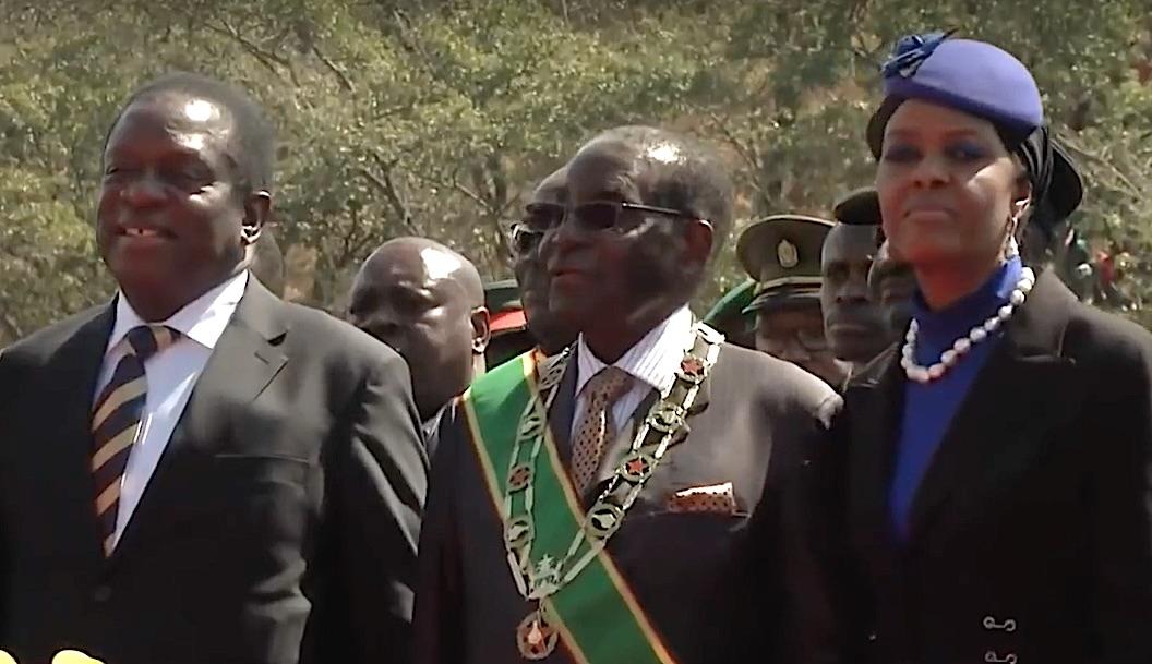 Mnangagwe, Mugabe e la moglie Grace