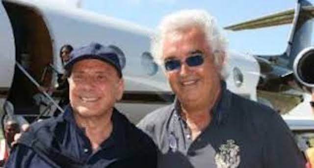 Jet Privato Flavio Briatore : Overwhelmed by the wind briatore s jet breaks its moorings