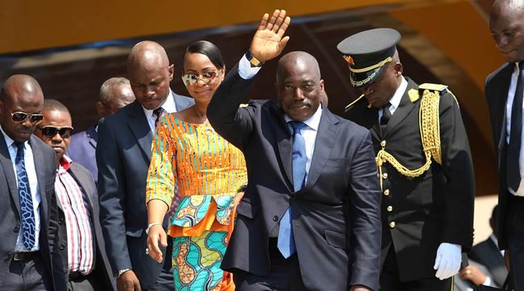 Il presidente Joseph Kabila, al centro