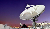 L'antenna parabolica della DSTV che consente la ricezione dei canali oscurati