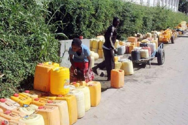 Il fiorente business della fornitura d'acqua