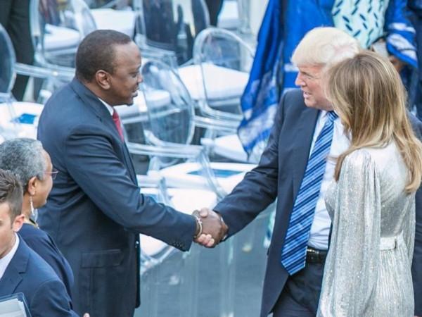 Donald Trump e Uhuru Kenyatta nell'incontro al G7 di Taormina