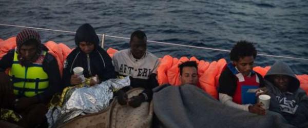 Migranti africani approdano in Brasile