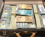 Foto della valigia di Nguema pubblicata da O Globo.