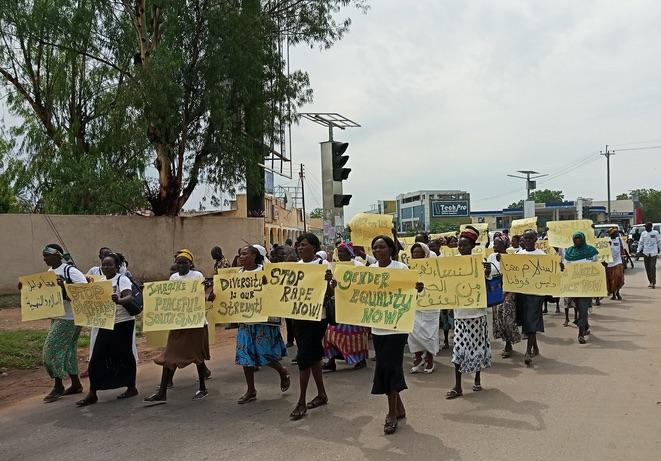 Manifestazione delle donne contro la la guerra e i rapimenti nelle strade della capitale Juba