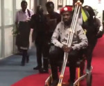 Bobi Wine all'aeroporto di Entebbe, Uganda