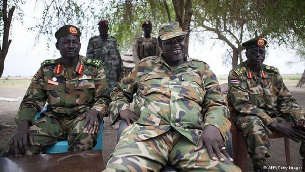 Il leader dei ribelli sud sudanesi Riek Machar