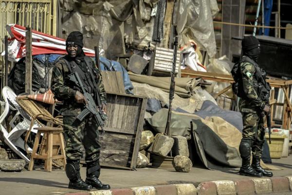 Zone anglofone del Camerun presidiate da militari