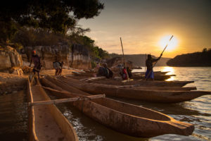 Piroghe tradizionali sul fiume Manambolo