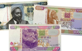 La banconota del 2010 con il primo presidente del Kenya, Jomo Kenyatta, e le nuove banconote emesse dalla Central Bank of Kenya